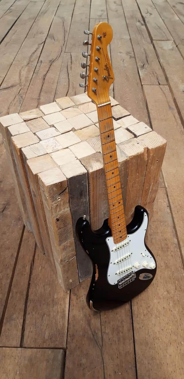 Fender stratocaster 65' custom shop 2005